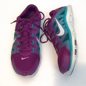 Nike Flex Supreme Sneakers